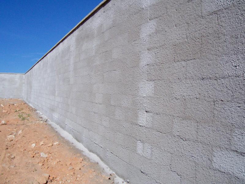O que chapisco em muro e qual a vantagem de chapiscar - Abbattimento muro interno senza dia ...