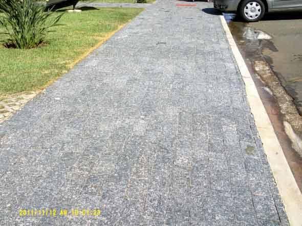 Pedra Miracema nas calçadas
