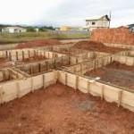 Como fazer alicerce da casa – Impermeabilização, concreto usinado e outros
